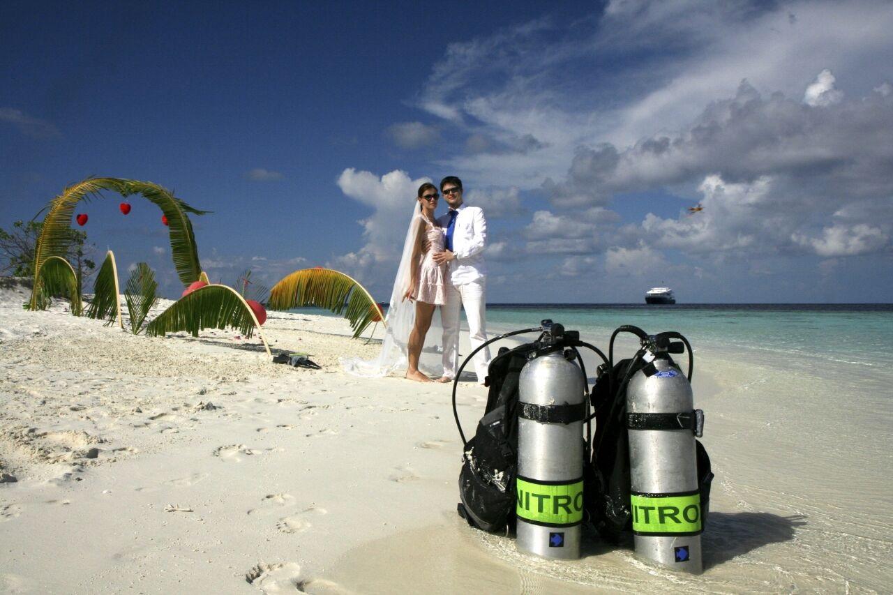 Свадьба под водой на Мальдивских островах